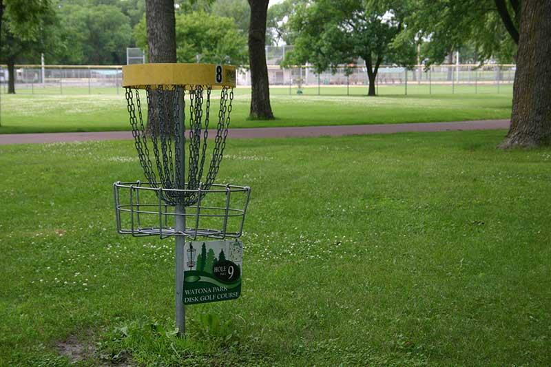 Madelia Watona Park Disc Golf hole 8