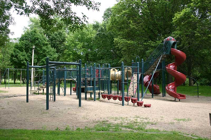 Madelia park playground